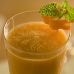 Suco Diet -  Abacaxi com cenoura e hortelã